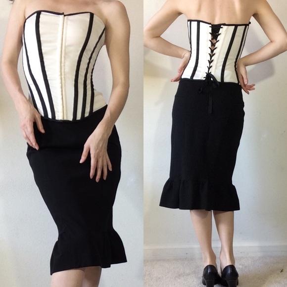 Diane Von Furstenberg Dresses & Skirts - Diane Von Furstenberg Black Fishtail Kick Skirt